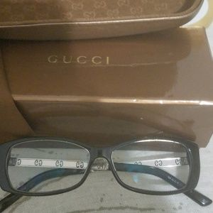 Authentic Gucci eyeglassesGG3002 135 made in Italy